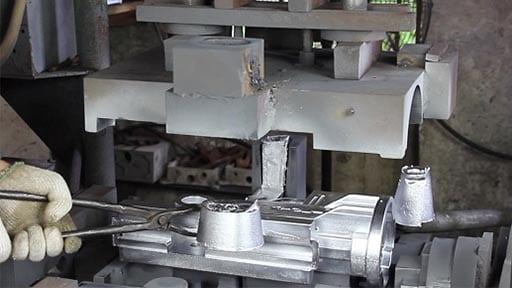 Fundición por gravedad de aluminio